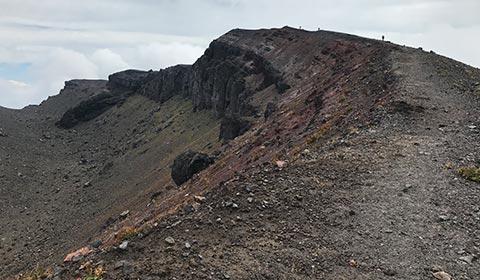 B.登山道からの眺め イメージ